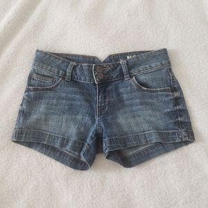 Mossimo Co Mid Rise Medium Wash Jean Shorts size 5